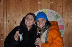 s'Loch Mauren Glüahwii und Charity - Gäste